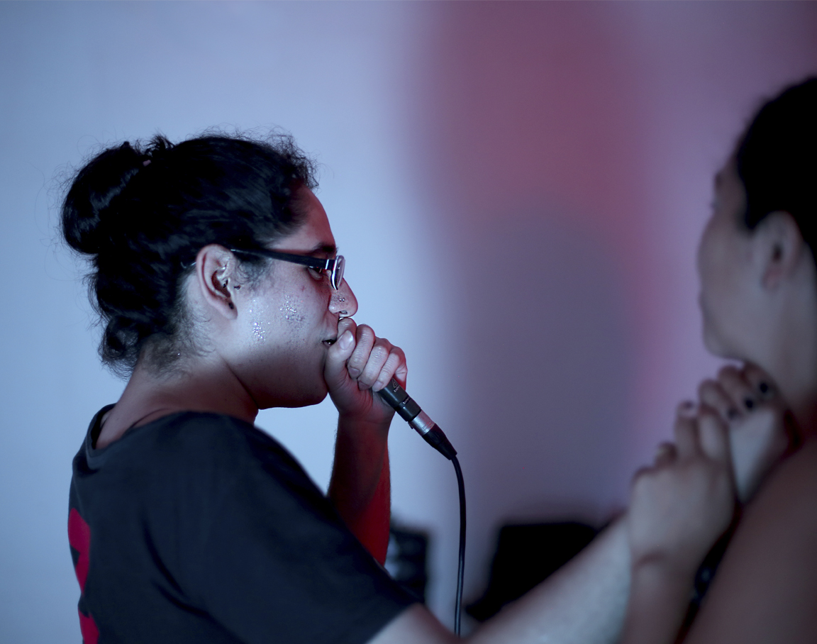 Ejercicio de micrófono y voz